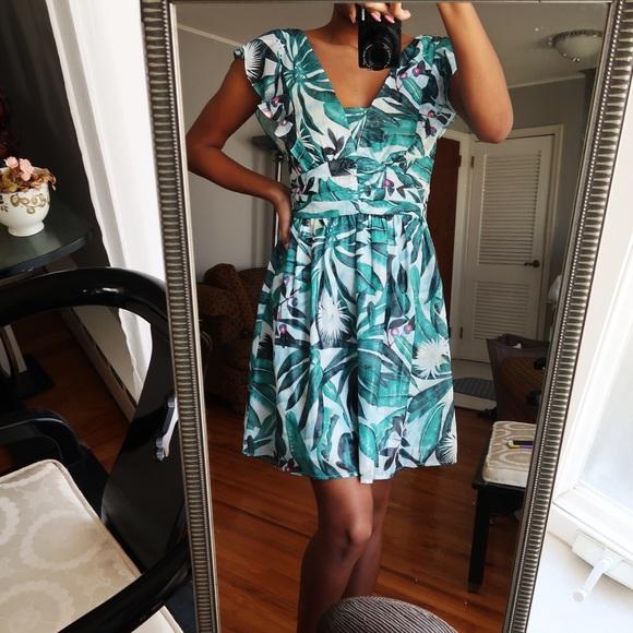 a3a650973e3 H M x Anna Glover Patterned Flounced Dress